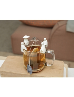 Tea holder – Fisherman