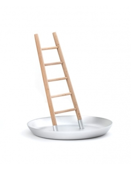 Jewelry holder ladder